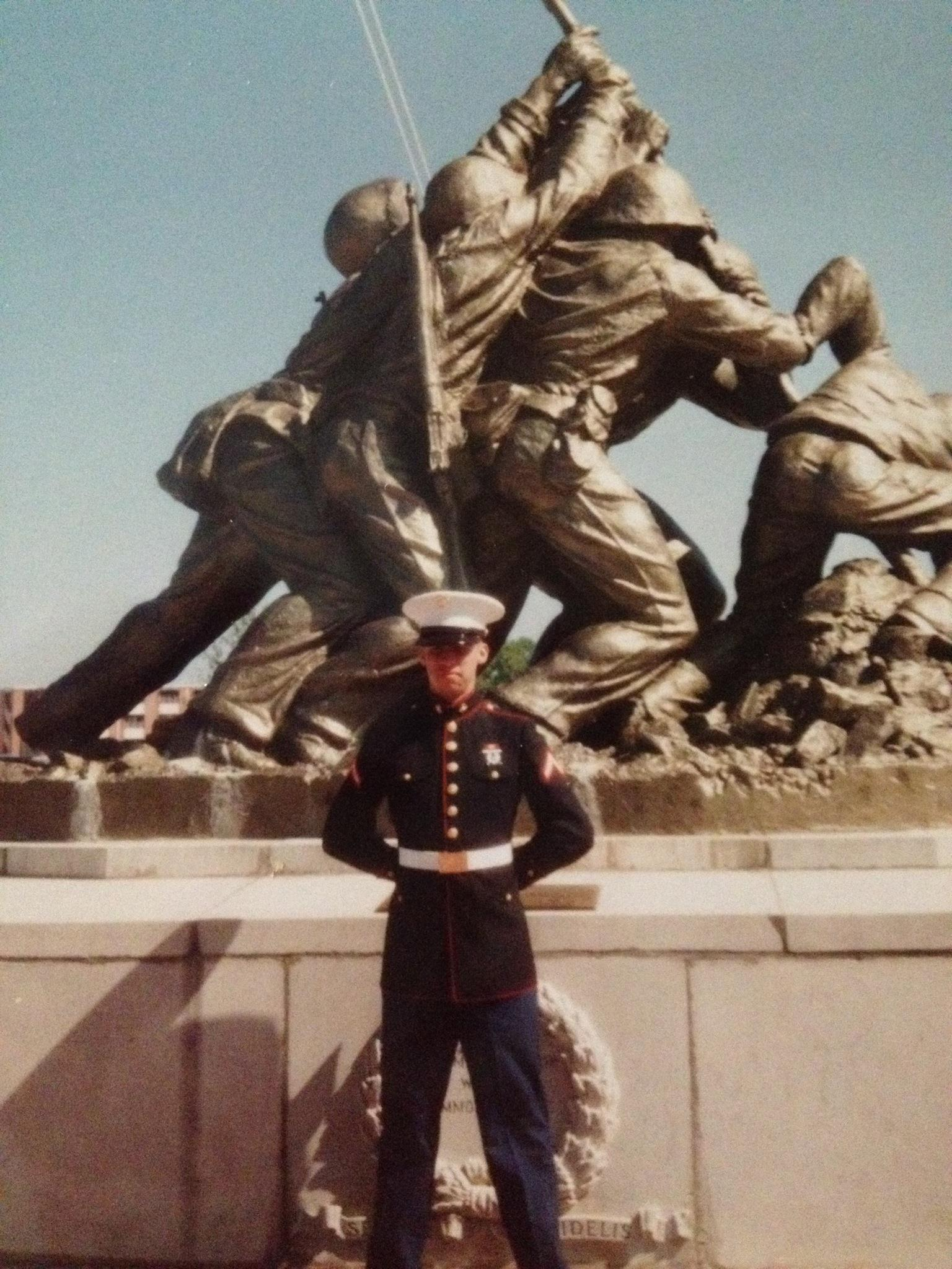 Jonathan in front of Iwo Jima monument