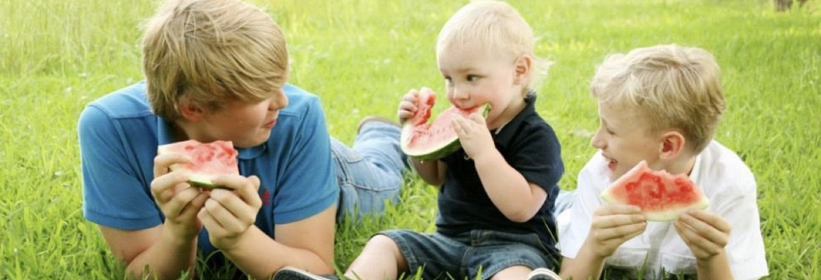 wright-boys-eating-watermelon